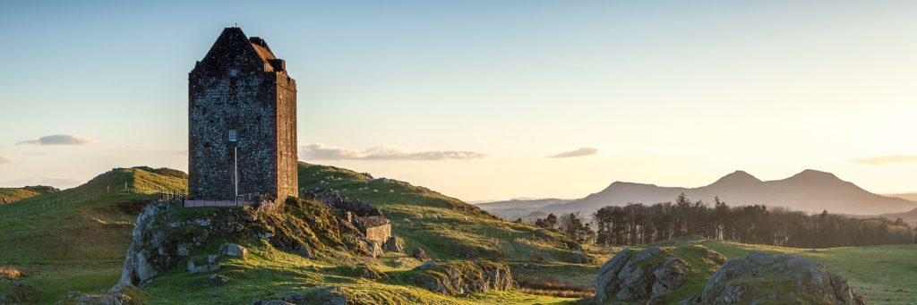 Aspect ratio of 3:1 - Smailholm Tower and the Eildon Hills